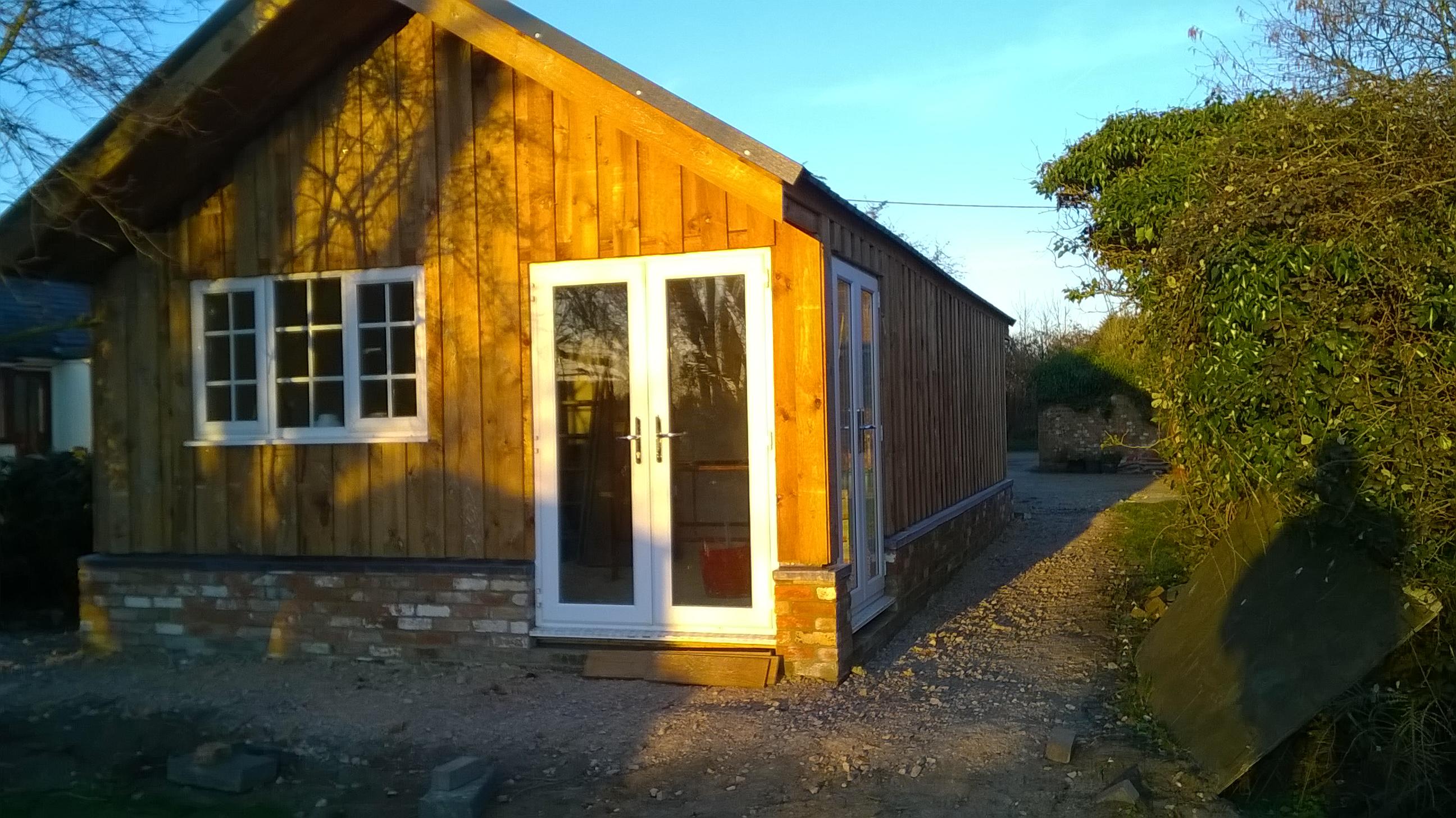 Detached garage/workshop and office
