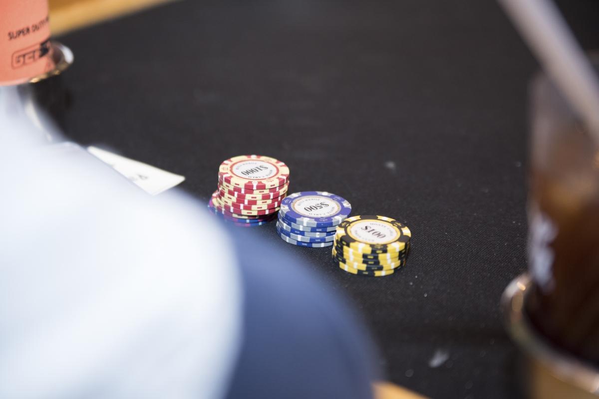 Poker-12A