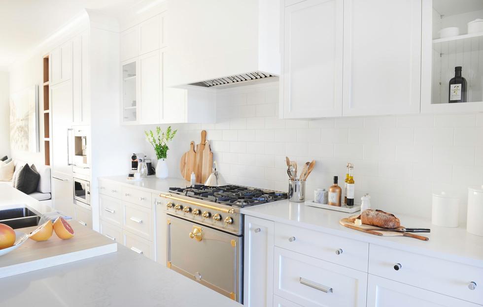 Kitchen Range Close Up.jpg
