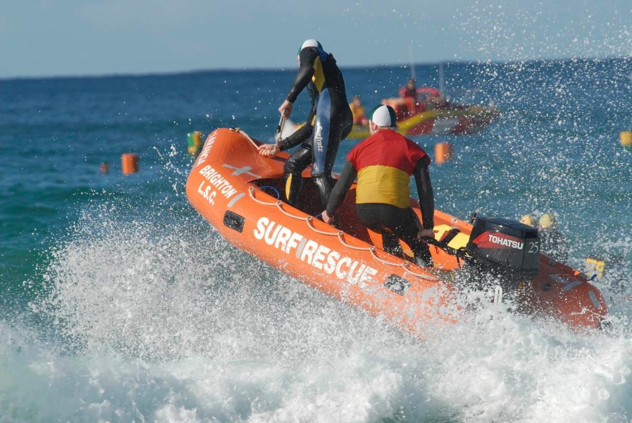 Surf life saving tohatsu