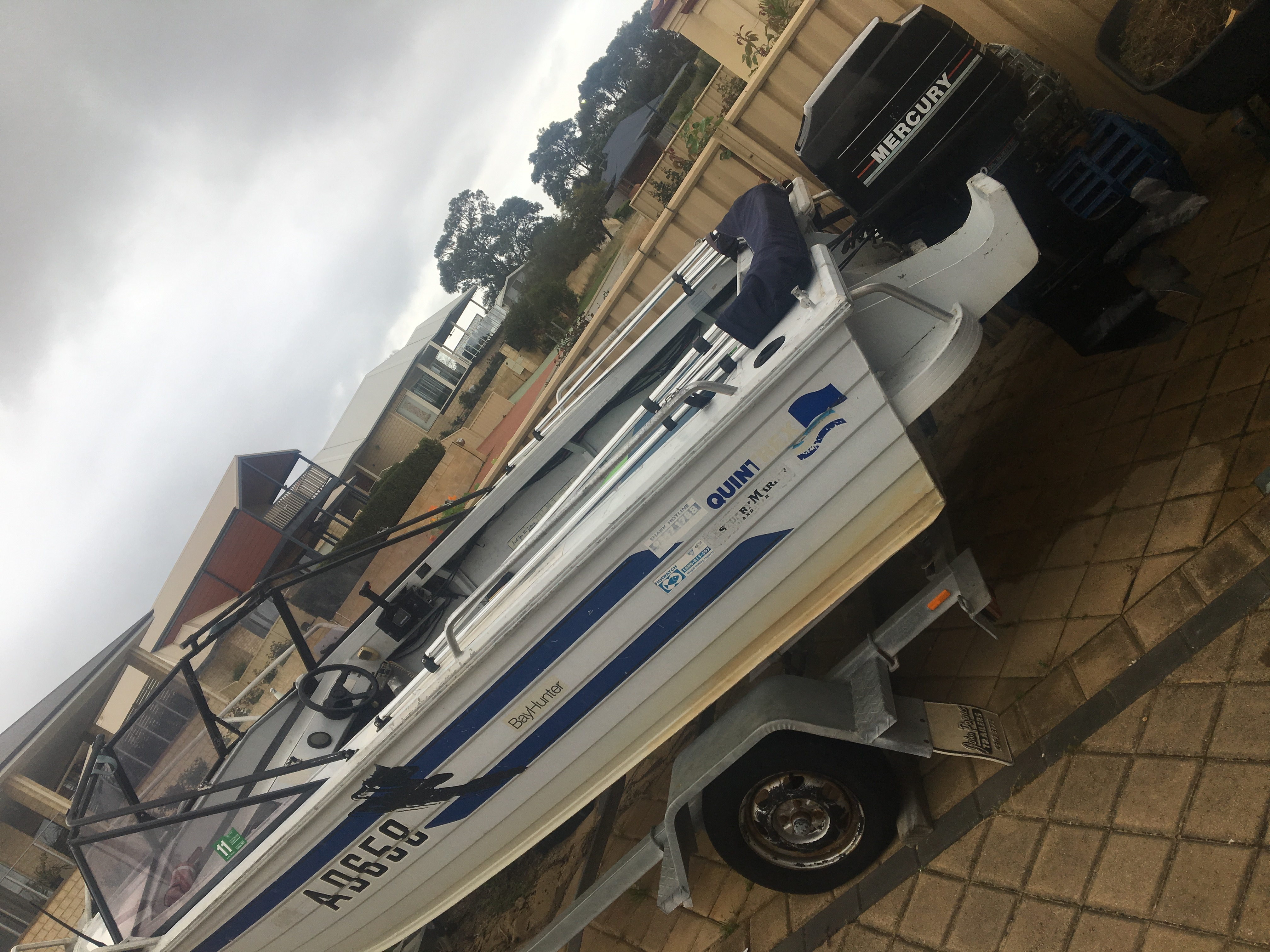 Mercury outboard fix boat rockingham