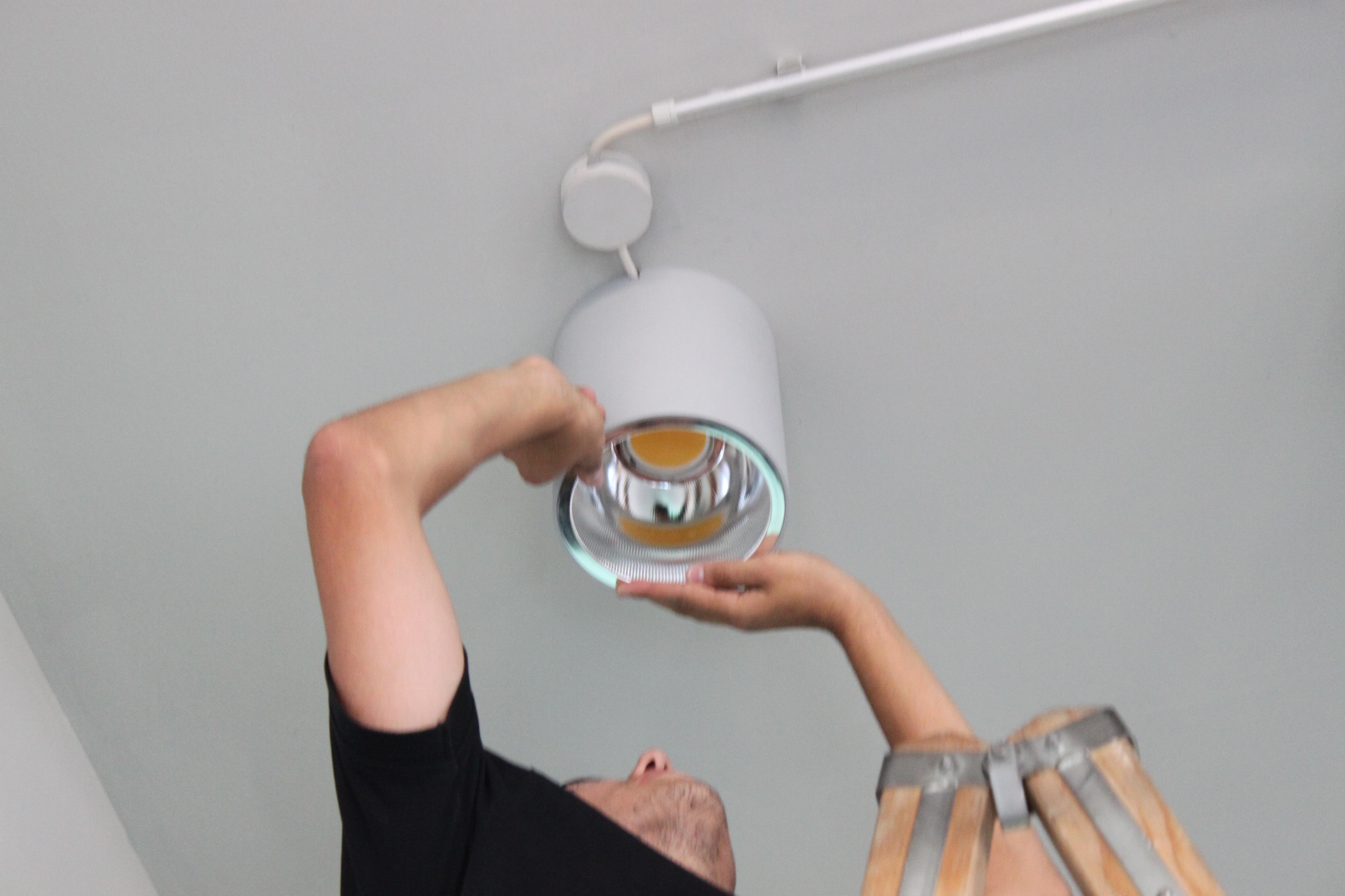 Leuchtenmontage