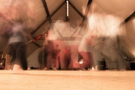 chakra dans ecstatic dance 5 ritmes vijf ritmes