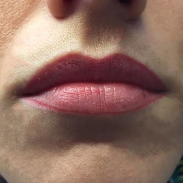 Permanent Make-Up Lippen München - Behandlung - Lippen Füllung - pigmentieren - Pigmentiererin - Bar