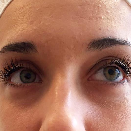 Permanent Make-Up Lidstrich München - Behandlung - Lidstriche - pigmentieren - Pigmentiererin - Bart