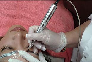 Permanent Make Up Kurs Ausbildung - Beauty Liner Berlin PMU Gerät & beste Permanent Make Up Farben