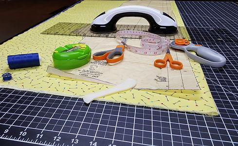 sewing-2835587.jpg