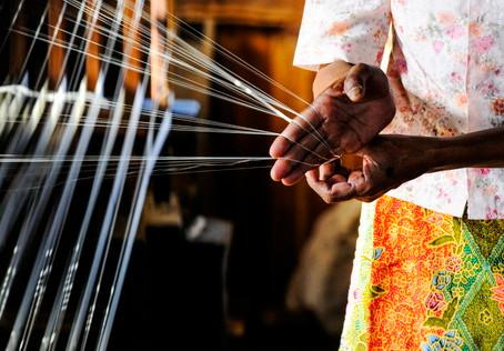躍上國際舞台的中南半島紡織技藝,帶你認識古老又創新的時尚環保布料-蓮花絲(Lotus Silk)