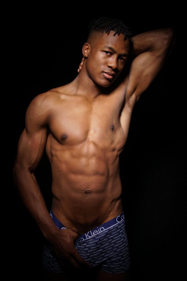 Deandre-perth-male-stripper