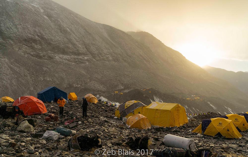 19,000' Interim Camp between BC and ABC