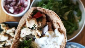 Gyros i pitabrød med tzatziki