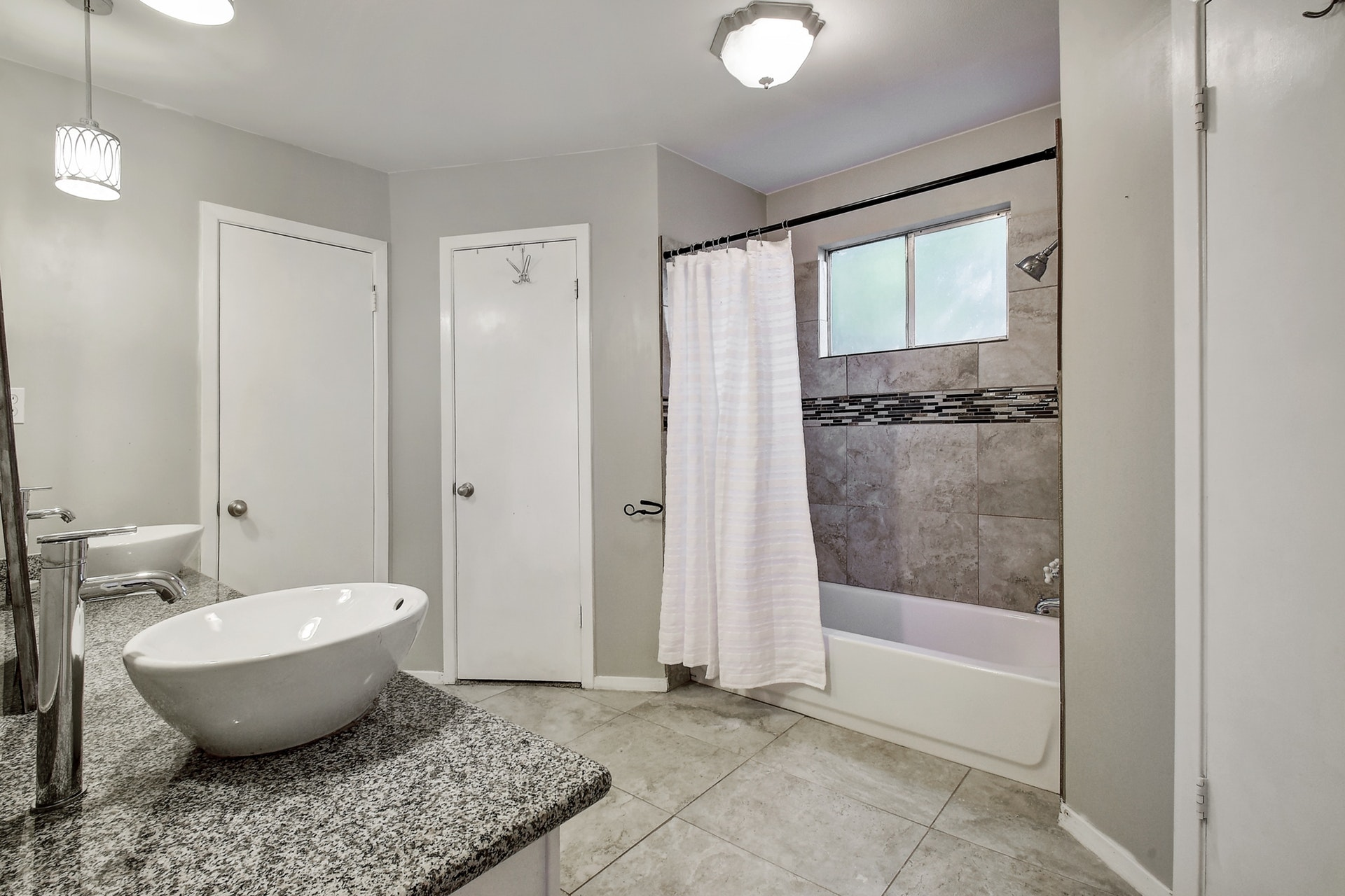 2300 Lear Lane - Master Bathroom 2