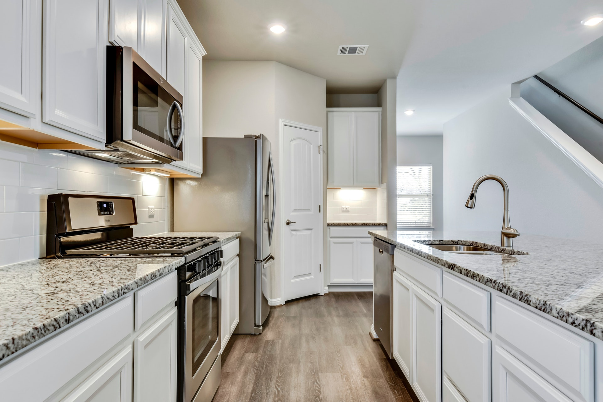 291 Diamond Point - Kitchen 2