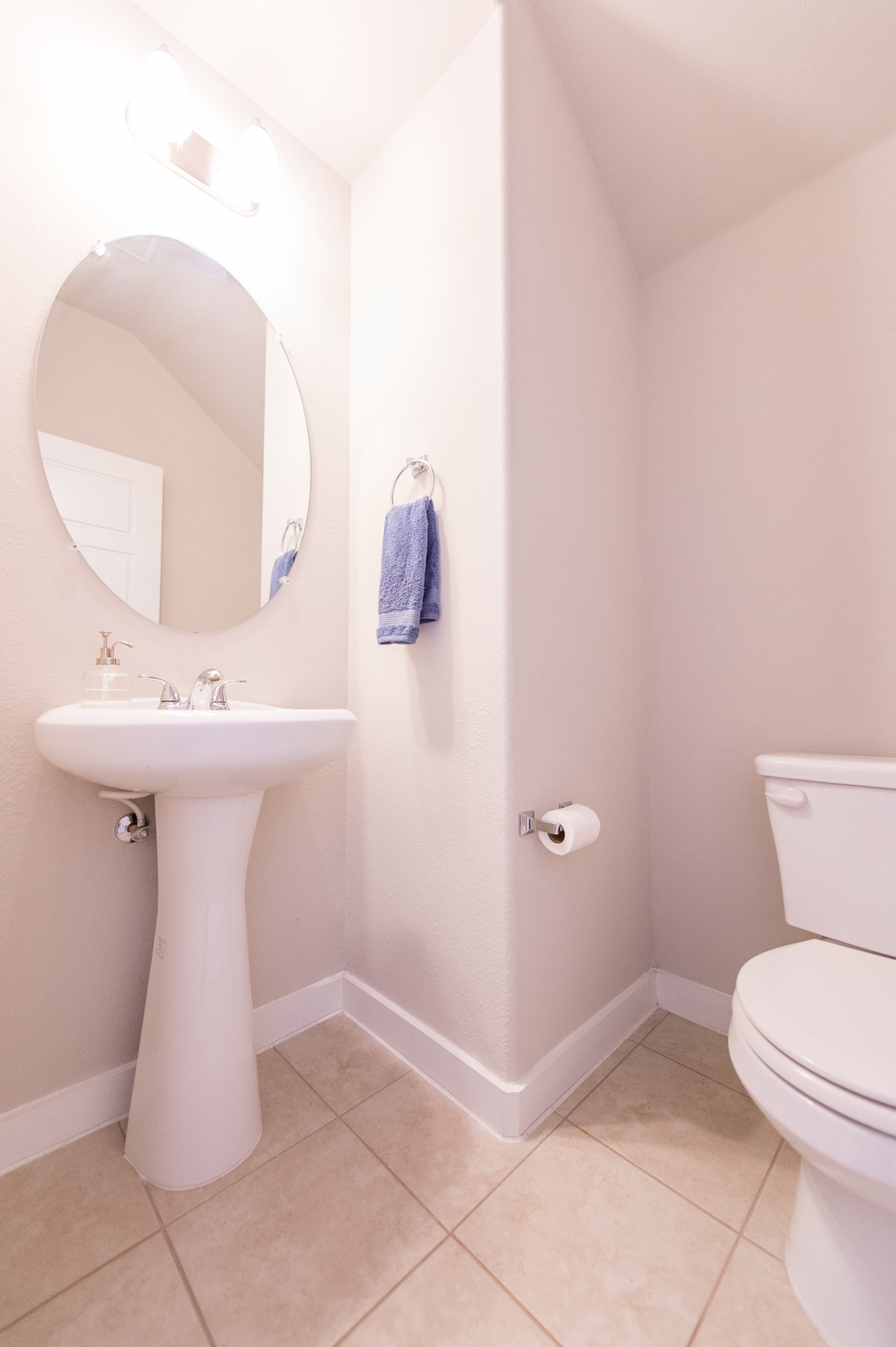5313 Gooding - Bathroom 1