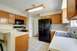 13805 Lothian - Kitchen 3