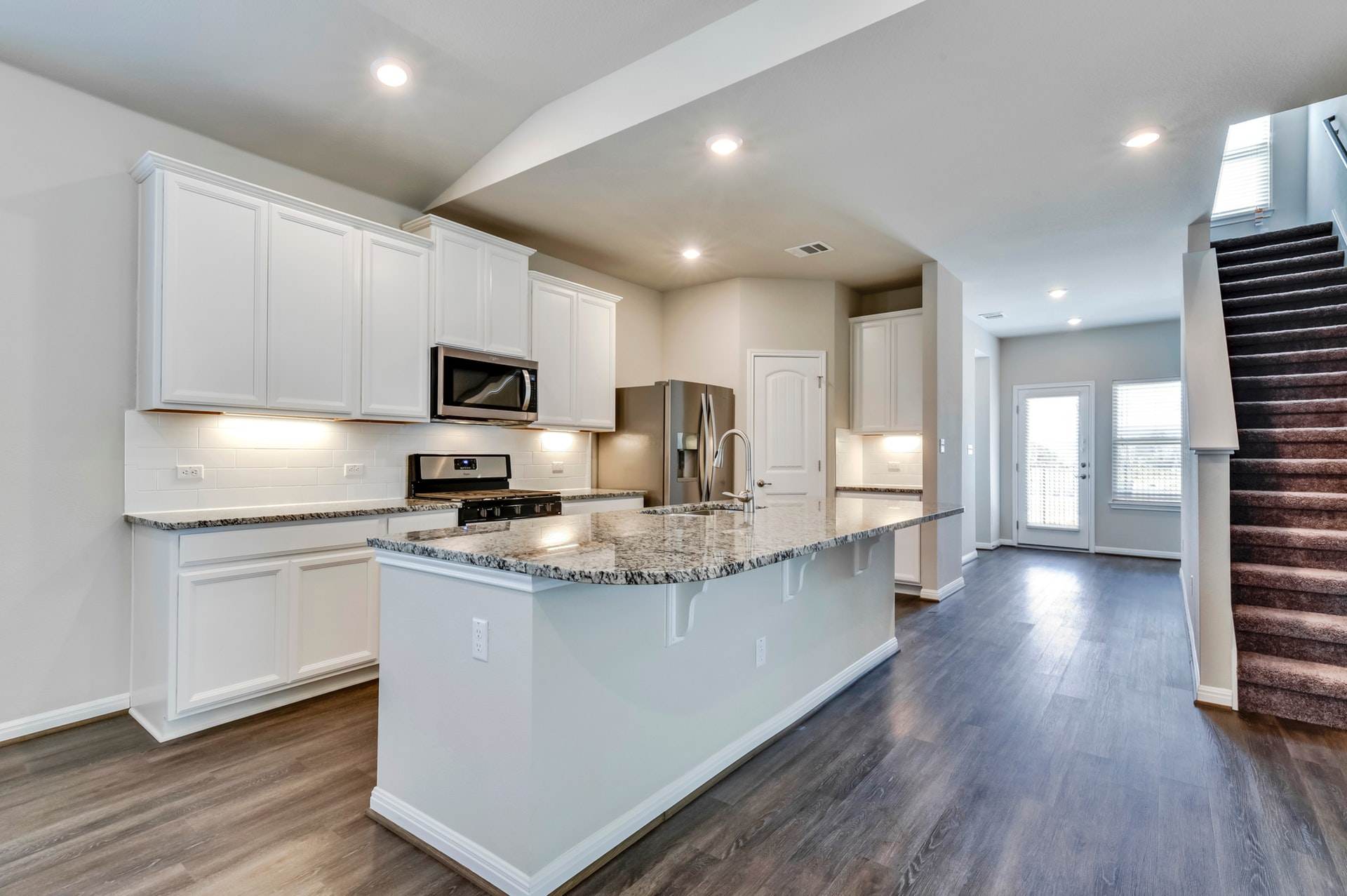 291 Diamond Point - Kitchen