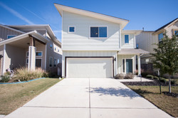 5313 Gooding - Front