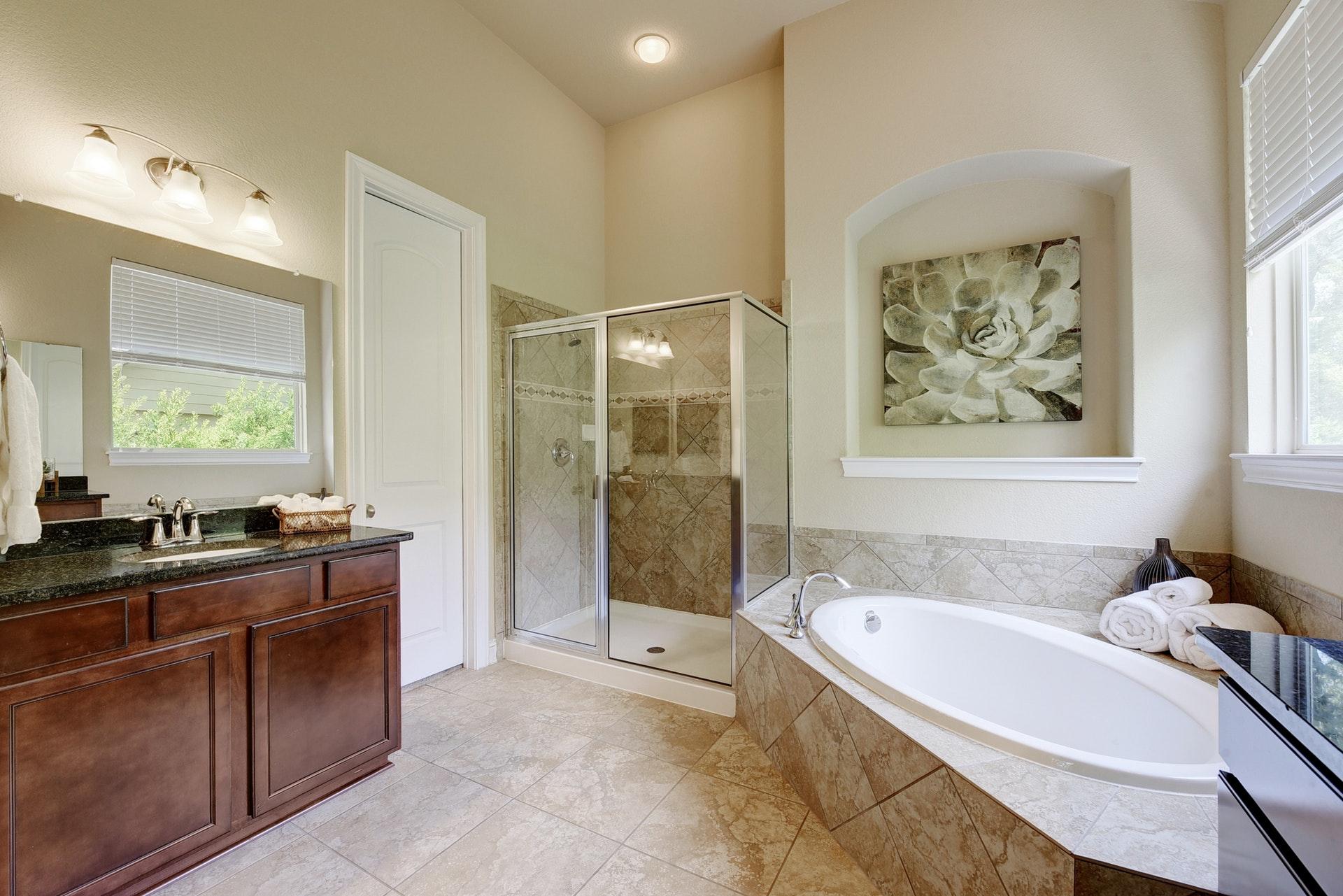 4537 Mont Blanc - Master Bathroom