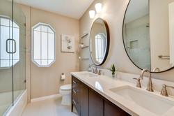 11100 Amesite - Upstairs Bathroom