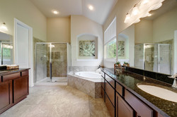 4537 Mont Blanc - Master Bathroom 2