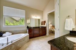 4537 Mont Blanc - Master Bathroom 4