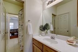7100 Via Dono - Upstairs Bathroom