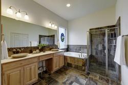 7100 Via Dono - Master Bathroom