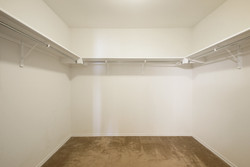 14401 Lake Victor - Master Closet