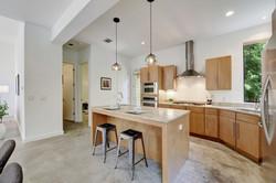 2618 Jefferson B - Eat in Kitchen