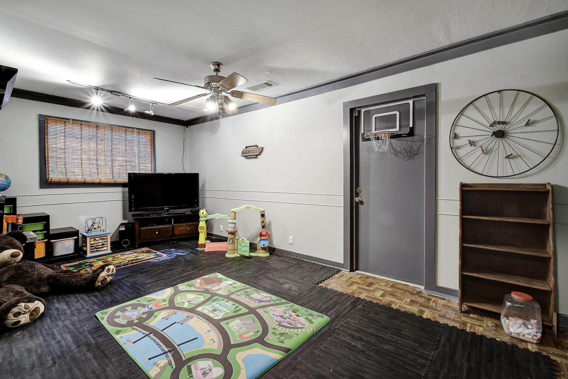 2300 Lear Lane - Game Room