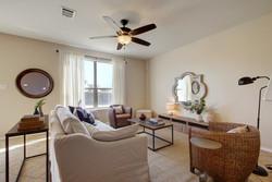 14401 Lake Victor - Living Room