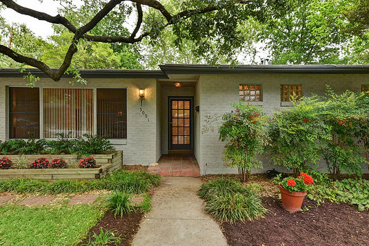 5001 North Fresco | Real Estate | Austin Home Girls Realty