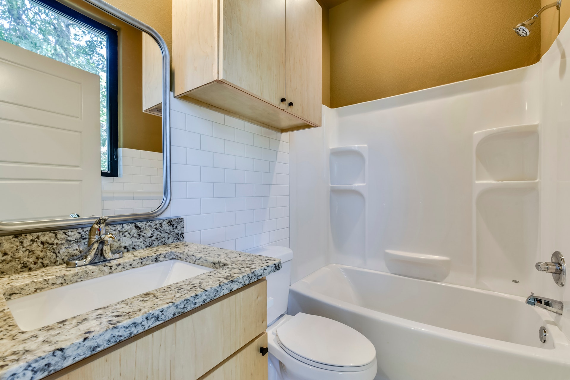 2900 Gonzales Street - Bathroom 3
