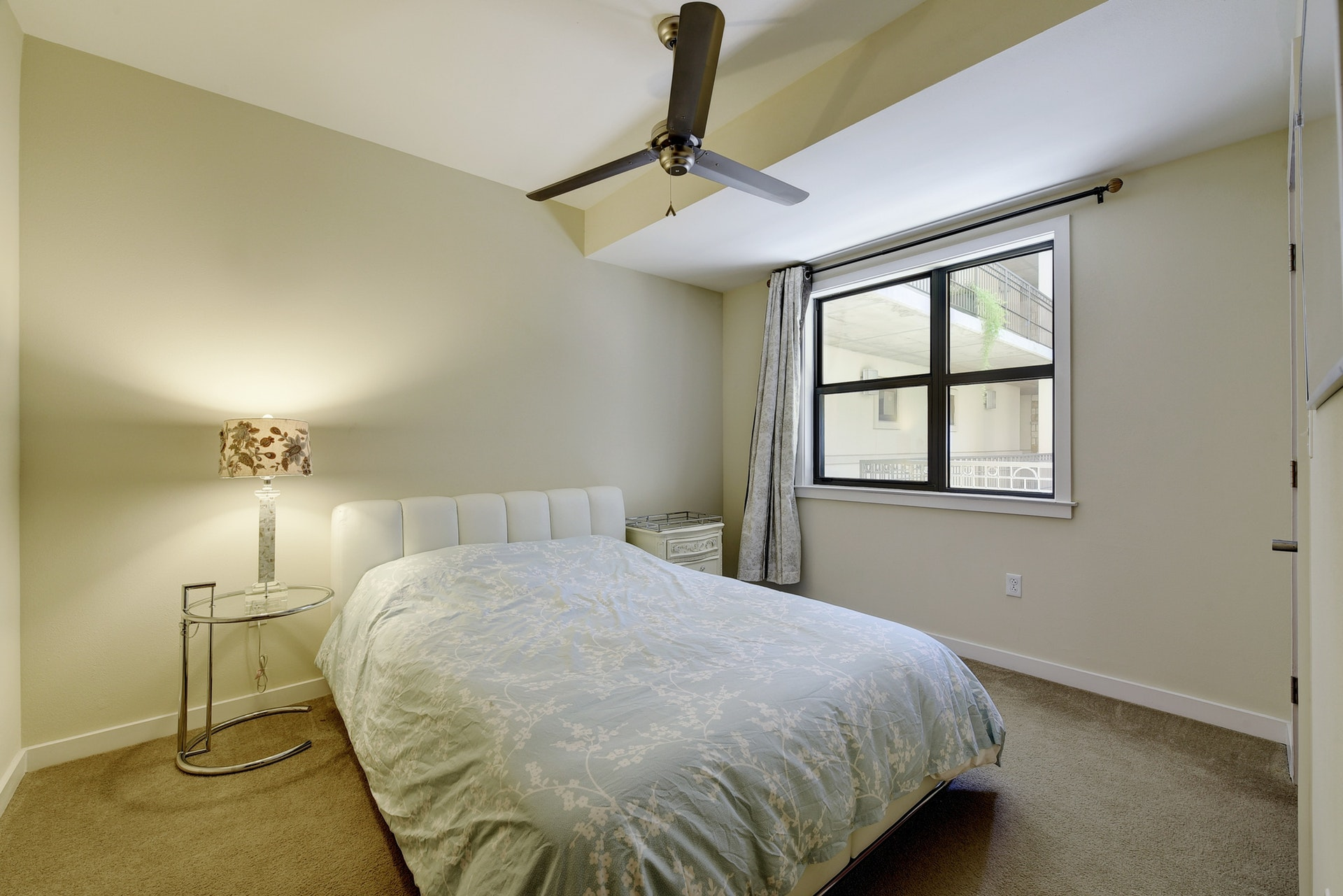 1812 West #306 - Guest Room