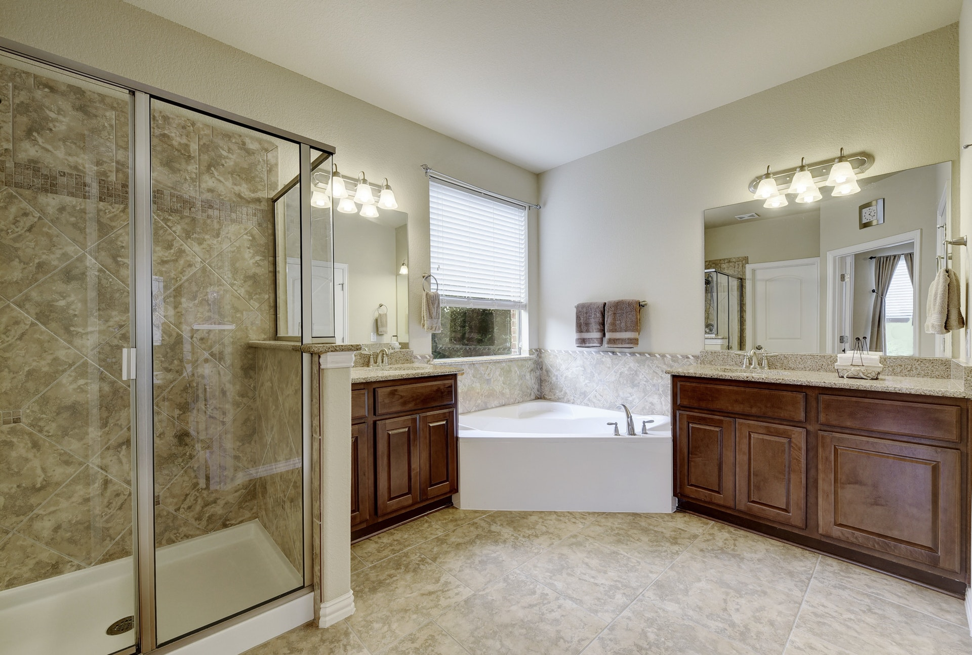2121 Turtle Mountain - Master Bath 1