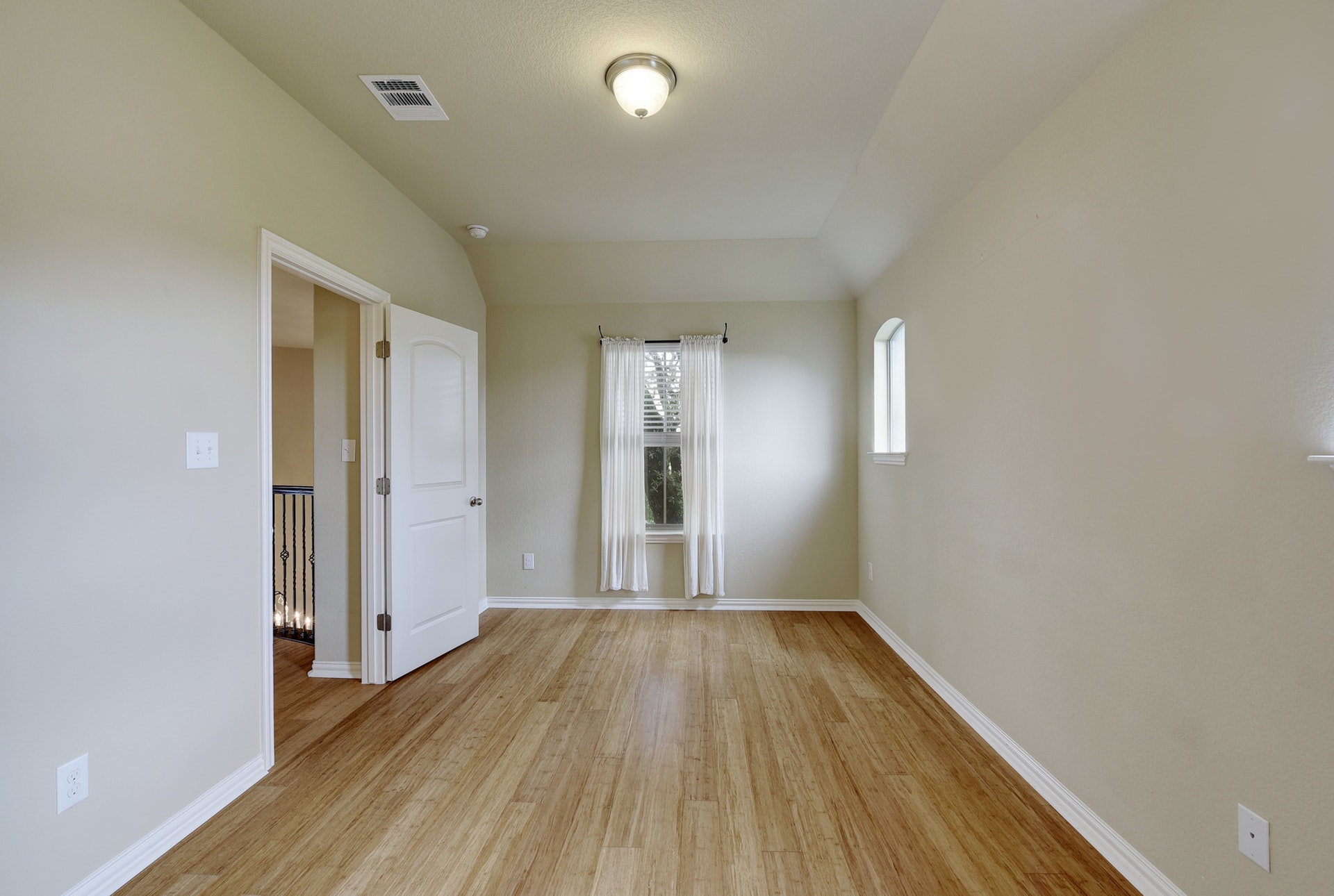 2121 Turtle Mountain - Third Bedroom