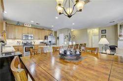 8908 Rustic Cove - Dine In Kitchen