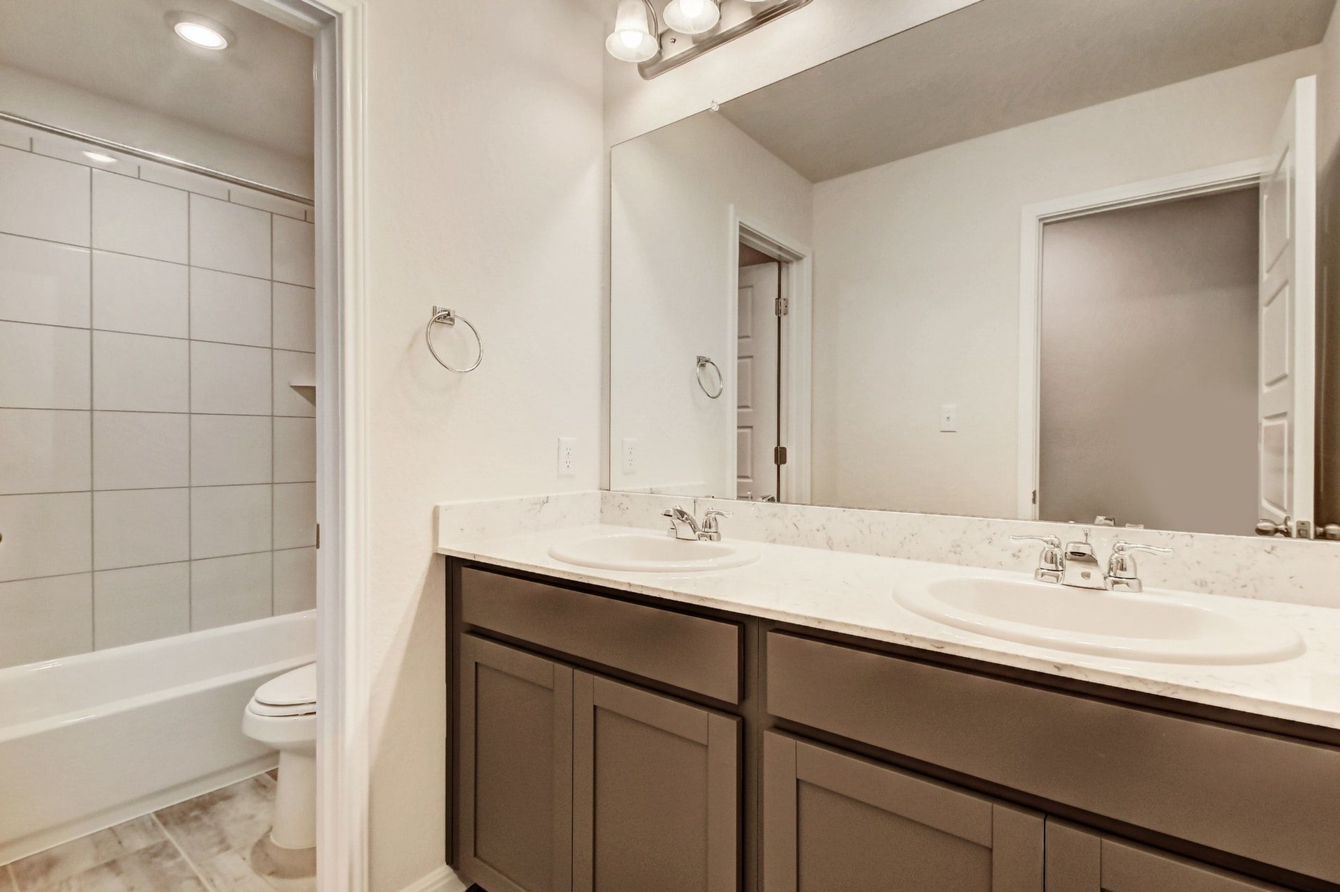 216 Iron Rail - Bathroom 3