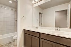 216 Iron Rail - Bathroom 3