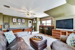 11100 Amesite - Upstairs Living 3