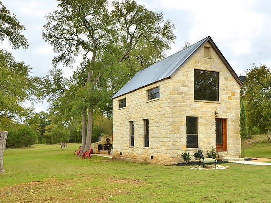 401 Lost Valley | Real Estate | Austin Home Girls Realty