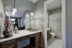 2300 Lear Lane - Bathroom 3