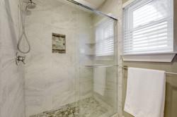 4601 Oak Creek - Master Bathroom 2