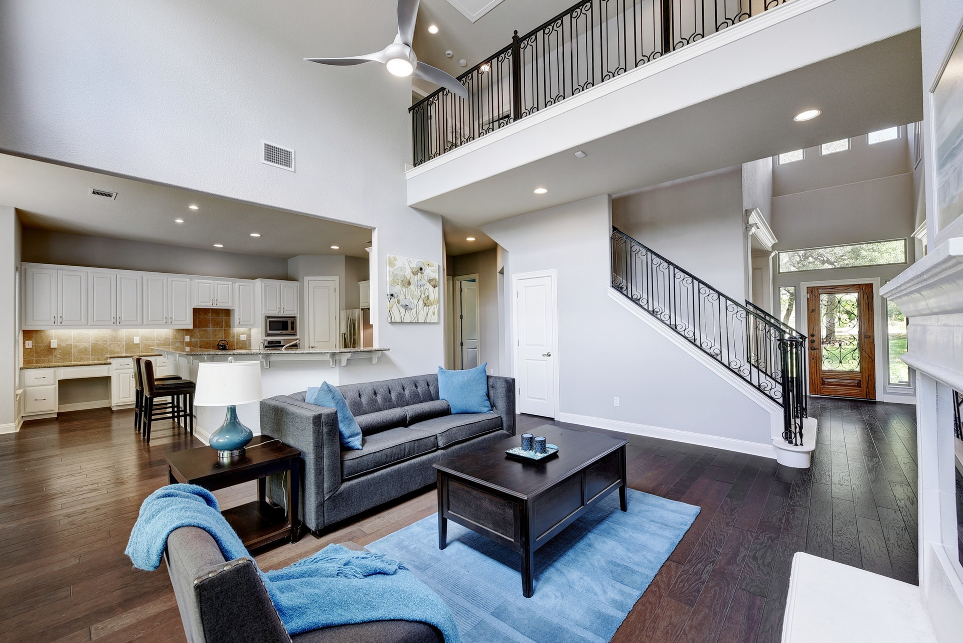 1014 Ogden Drive - Open Living Space