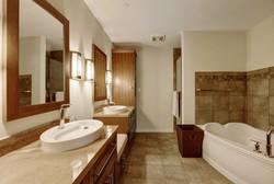 1812 West #306 - Master Bathroom 2