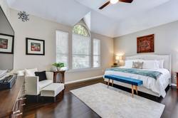 11100 Amesite - Master Bedroom