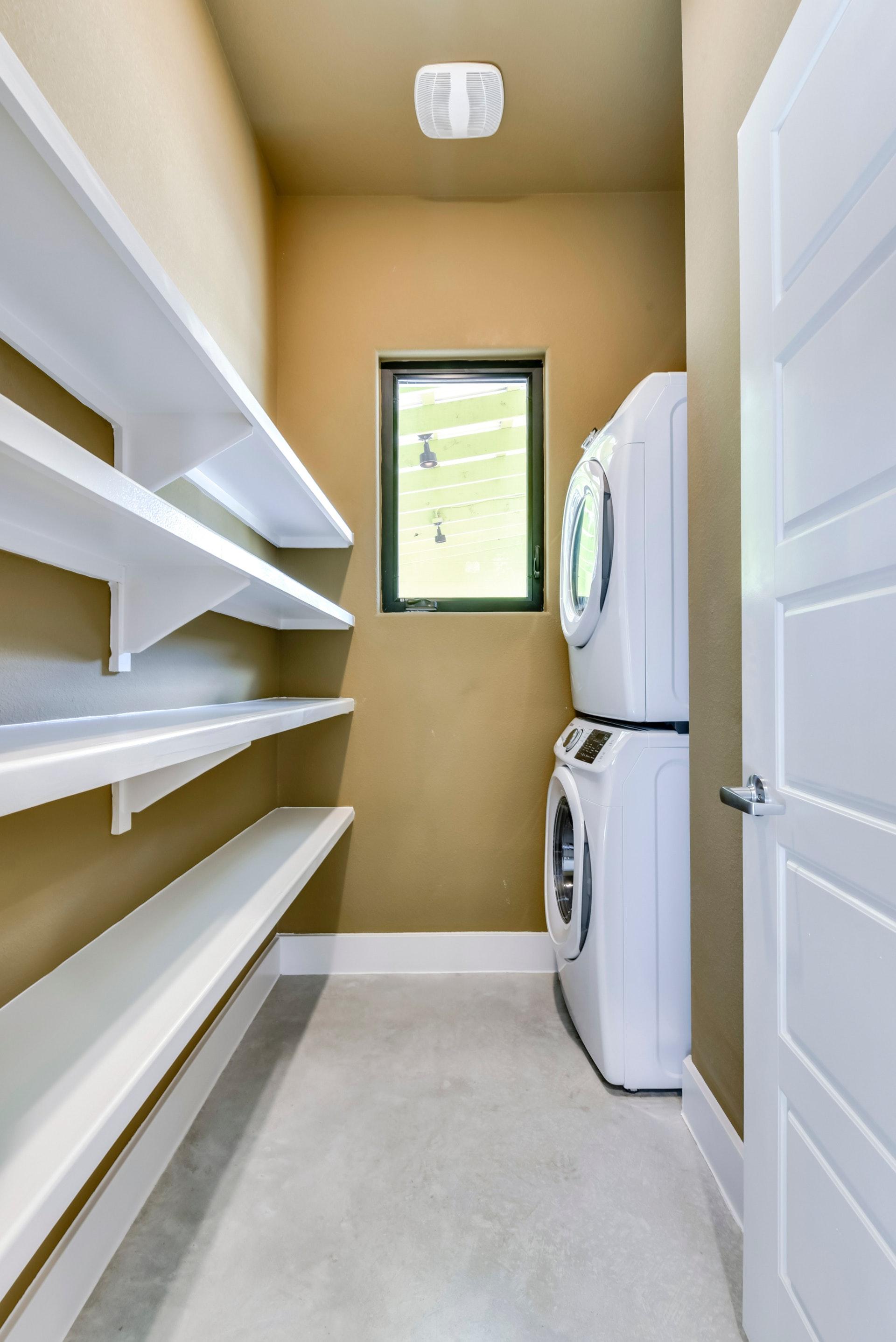 2900 Gozales Street - Pantry/Laundry