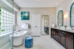 11100 Amesite - Master Bathroom 1