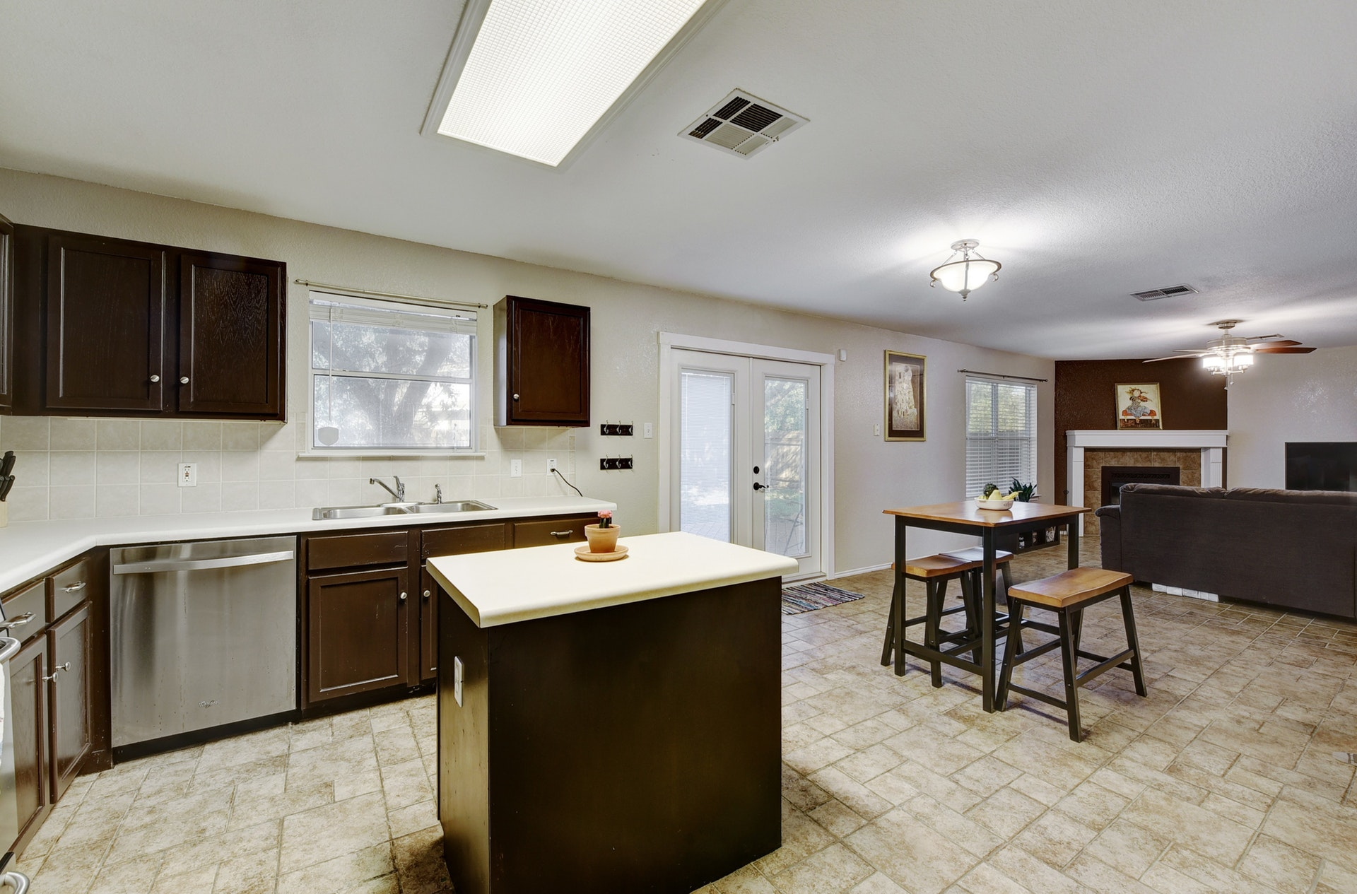 12308 Kelton | Kitchen 1