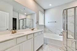 291 Diamond Point - Master Bath 2